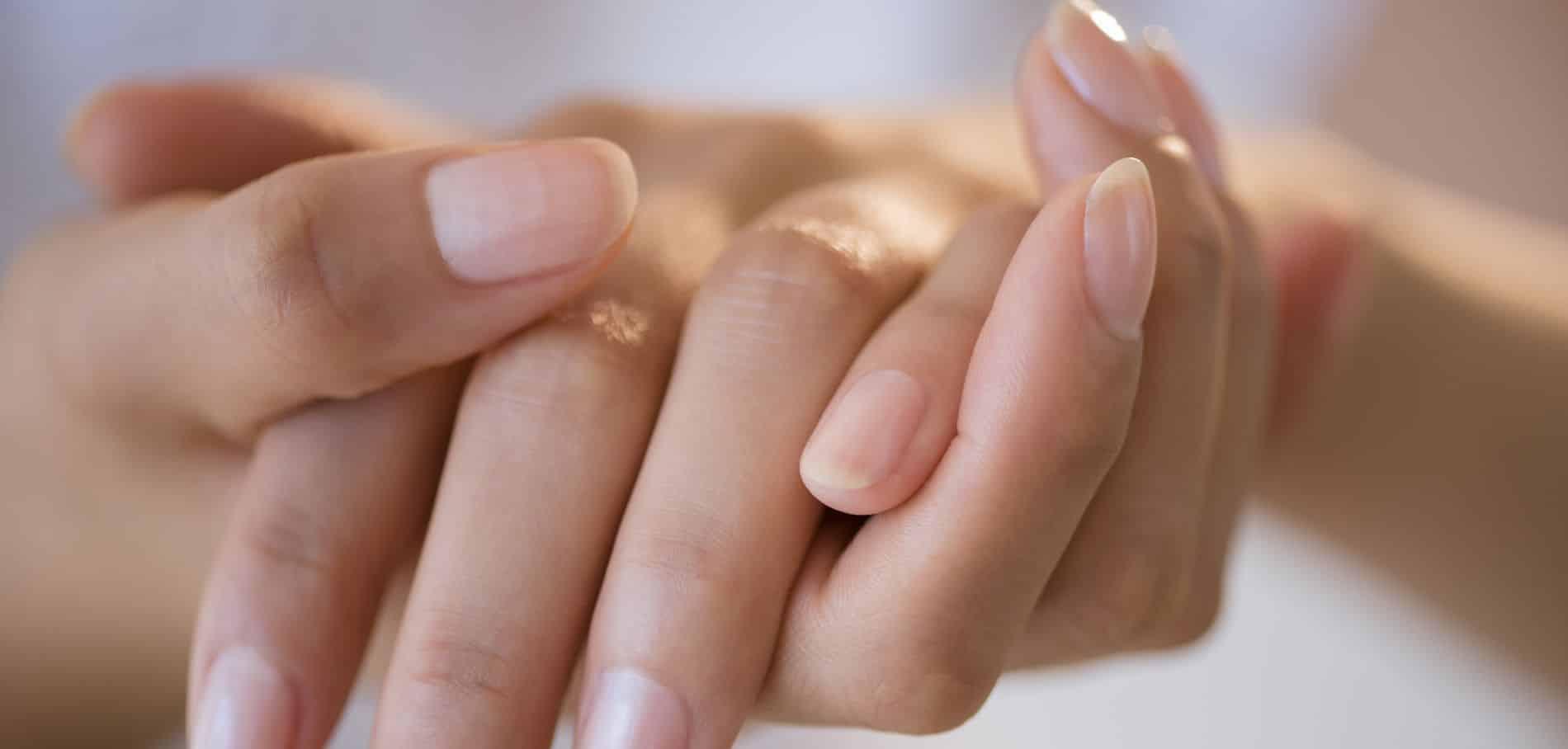 Le vinaigre pour entretenir les ongles